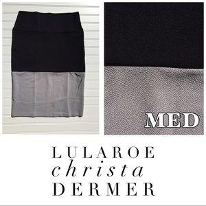 Medium NWT Lularoe Cassie Skirt